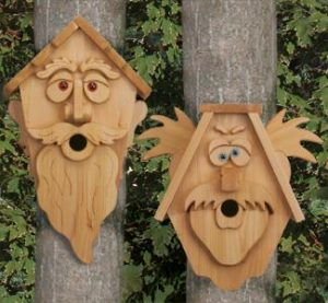 cedar-wood-bird-house