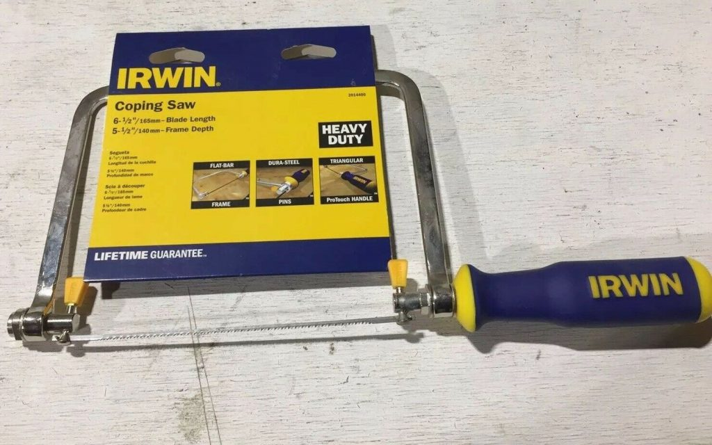 coping saw for cutting shapes