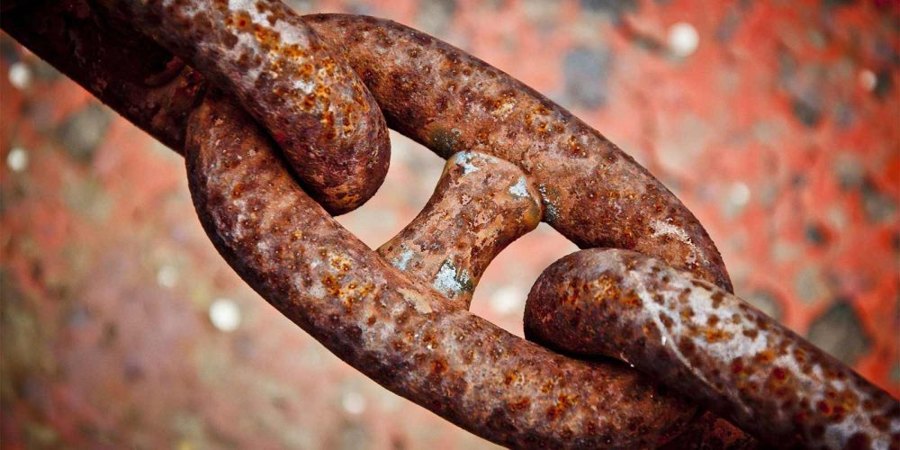 rusted-chain