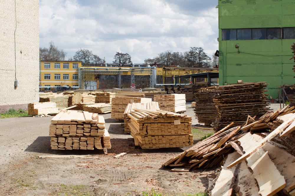 lumber yard cut wood to size