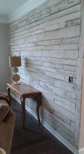 wood-pallet-accent-wall