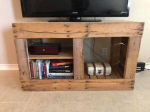 wood-pallet-media-center