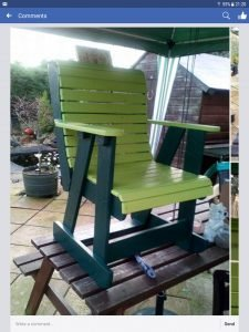 wood-pallet-rocking-chair